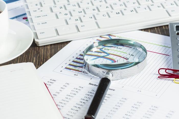 生産管理お役立ちガイド_生産管理システム入れ替えの注意点_導入済みのシステムの現状分析をする